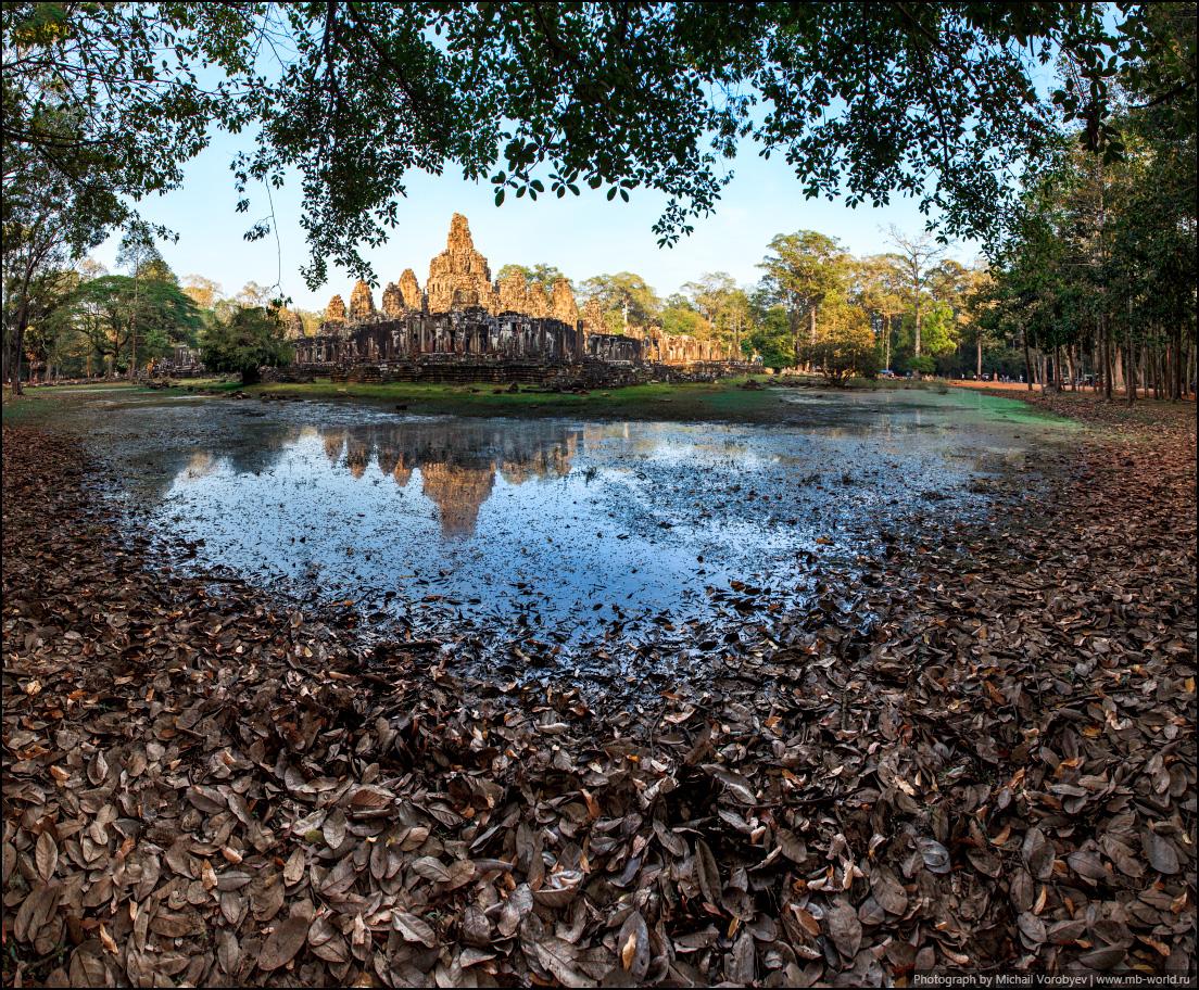 Один из храмов Ангкора - Bayon
