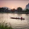 Вечер на реке в Ванг Вьенге