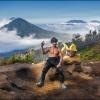 Рабочий с вулкана Иджен